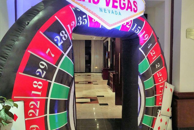 Vegas_style_poker_night
